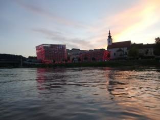 ドナウ川と夕日