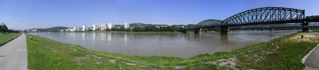 ドナウ川全景